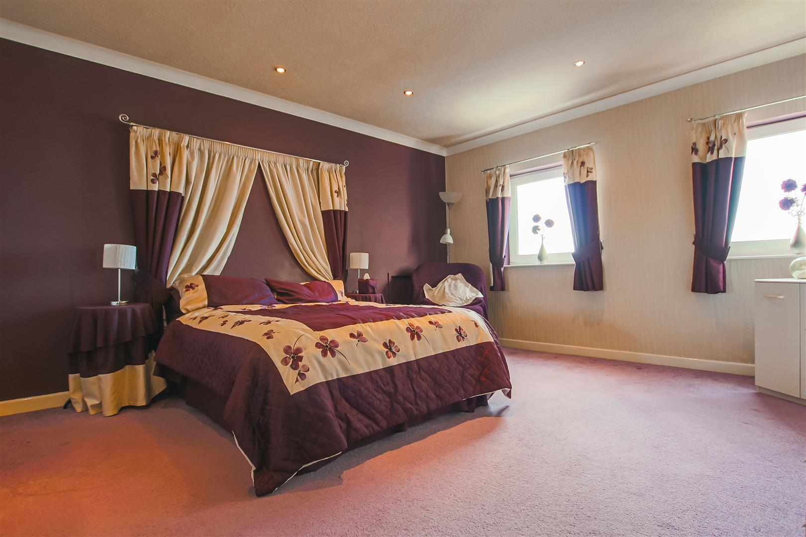 4 Bedroom Detached House For Sale - Image 16